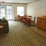 Extended Stay America - Greensboro - Airport