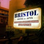 Φωτογραφία: Bristol Hotel & Apartments