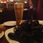 Sir John A wheat ale beer and mussels