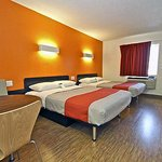 Motel 6 Long Beach - International City resmi