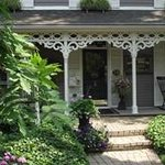 "Historic Davy House B&B INN - ""front street entrance"""