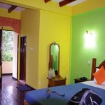 Bright colours on a rainy Day - room w/ DBL