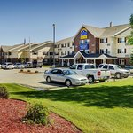 Lakeview Inns And Suites