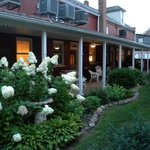 Foto de Abigail's Grape Leaf Bed & Breakfast, LLC