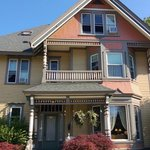 Ludington House Bed And Breakfast resmi