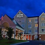 Photo of Country Inn & Suites Tall