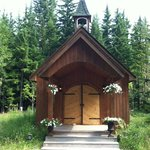 Foto di Mulvehill Creek Wilderness Inn and Wedding Chapel