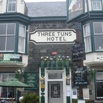 ‪The Three Tuns Hotel‬