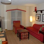 Residence Inn Richmond Chester resmi
