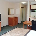 Foto de Extended Stay America - Raleigh - Cary - Regency Parkway South
