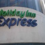 Holiday Inn Express Century City resmi