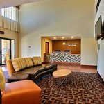 Foto Lexington Triad Inn