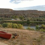 Fisheads San Juan River Lodge resmi
