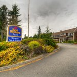 BEST WESTERN PLUS Wesley Inn & Suites  Gig Harbor