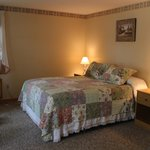 Hanscom's Motel & Cottages resmi