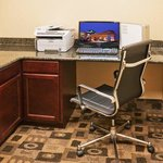 Photo de Holiday Inn Express Hotel & Suites Pauls Valley