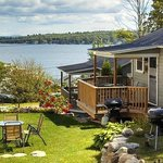 The Cozy Inn & Cottages and Lakeview House & Cottagesの写真