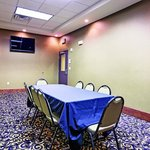 Photo de La Quinta Inn & Suites Fort Worth-N/Richland Hills