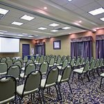 La Quinta Inn & Suites Fort Worth-N/Richland Hills resmi