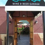 South Rims Wine & Beer Garage