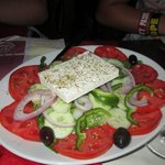 yummy greek salad