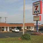 Located on Interstate 24 - Exit 65. Easy in and easy out.