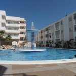Photo de Hoteles - Apartamentos Lux Mar