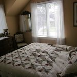 Foto de Ashgrove Cottage Bed and Breakfast