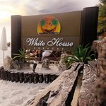 White House Beach Resortの写真