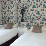 Room 2 (flexible) made up as twin beds