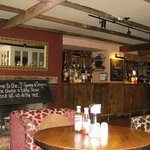 Foto de Innkeeper's Lodge Exeter - St George & Dragon