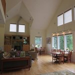 McKenzie Orchards Bed and Breakfast Innの写真
