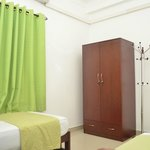 Green Apartment - Room2 with Wardrobe and ironing facility