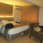 Φωτογραφία: Imperial Palace Suites Quezon City