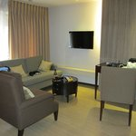 Foto Imperial Palace Suites Quezon City