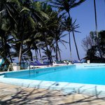A pick of the swimming pool facing the open Indian ocean!