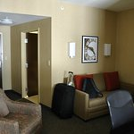 Photo de Cambria Suites at Consol Energy Center