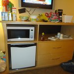 Room - 2 Microwave and Fridge - laminate missing at bottom