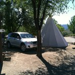 Toyota Rav 4 and Teepee