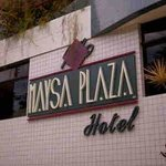 Faixada frontal do Mayza Plaza Hotel