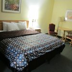 Days Inn and Suites Casey resmi