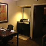 Photo de Embassy Suites Hotel Phoenix - Tempe