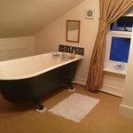 King En Suite bath