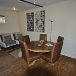 Photo de Dorney Self Catering Apartments