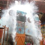 Fort Rapids 1000 gal dumping bucket in water park