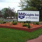 Knights Inn Pine Brook