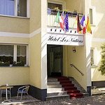 Hotel Les Nations의 사진