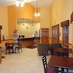 Budget Inn Williamsport Lobby
