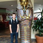 hanging with the Pharoah in the lobby