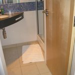 Bathroom with ingenious 2 way door that closes the bathroom or toilet separately.